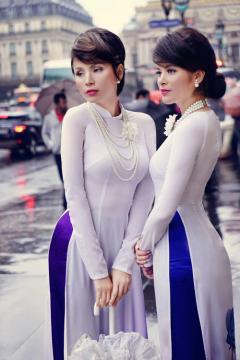 Áo dài Việt trên đường phố Paris